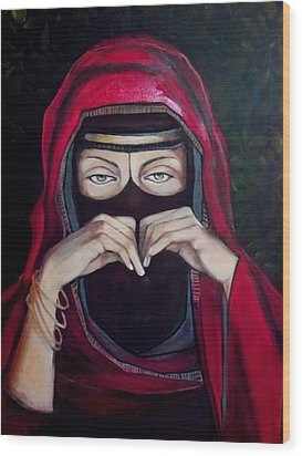 Wood Print featuring the painting Looking Through Niqab by Irena Mohr