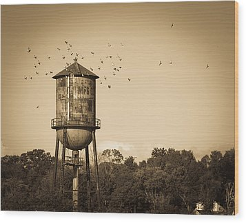 Loudon Water Tower Wood Print by Melinda Fawver
