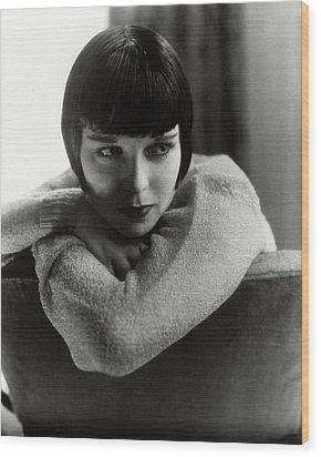 Louise Brooks On A Chair Wood Print by Edward Steichen