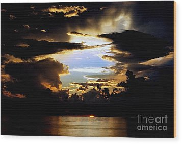 Louisiana Sunset Blue In The Gulf  Of Mexico Wood Print