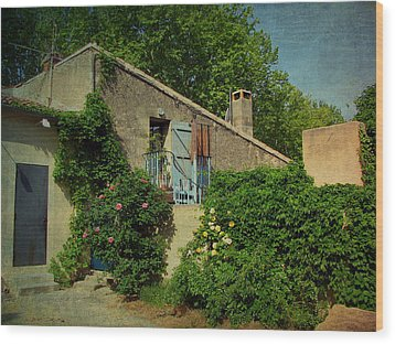 Lourmarin Cottage Wood Print by Carla Parris