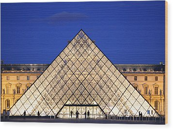 Louvre Pyramid Wood Print by Joanna Madloch