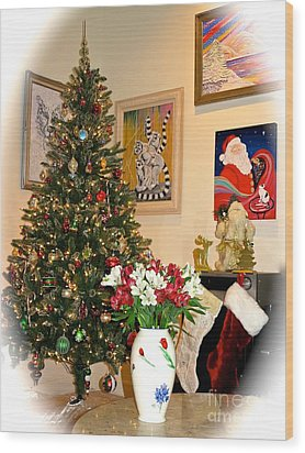 Love In Our Hearts And Santa In The Corner Wood Print by Phyllis Kaltenbach