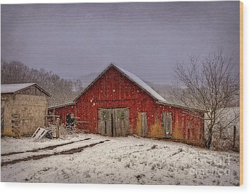 Wood Print featuring the photograph Love Old Barns by Brenda Bostic