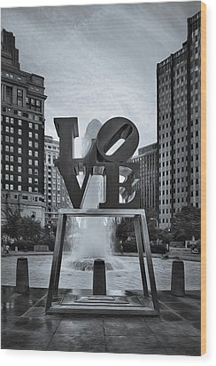 Love Park Bw Wood Print by Susan Candelario