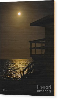 Lovers Moon Wood Print by Rene Triay Photography