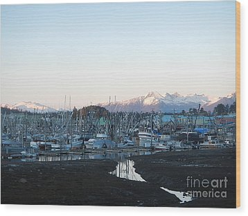 Low Tide In Winter Wood Print by Laura  Wong-Rose