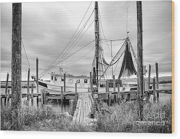Lowcountry Shrimp Boat Wood Print