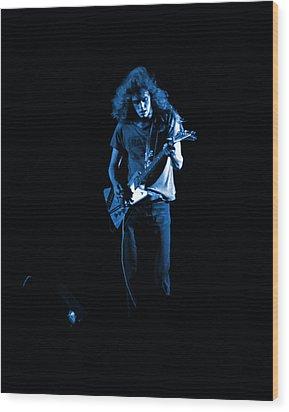 Ls Spo #25 In Blue Wood Print