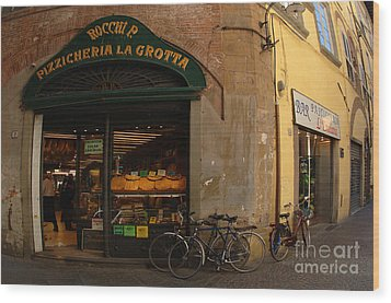Lucca Italy Wood Print by Bob Christopher