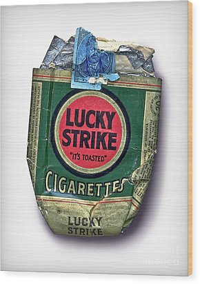 1940's Lucky Strike Green Wood Print by Walt Foegelle