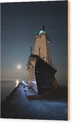 Ludington North Breakwater Lighthouse Wood Print by Adam Romanowicz