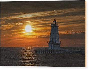 Ludington Pier Lighthead At Sunset Wood Print by Randall Nyhof
