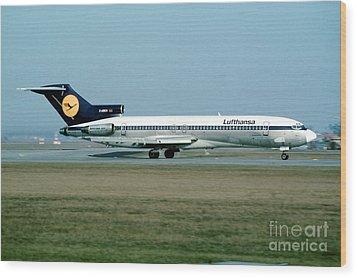 Lufthansa Boeing 727 Wood Print by Wernher Krutein