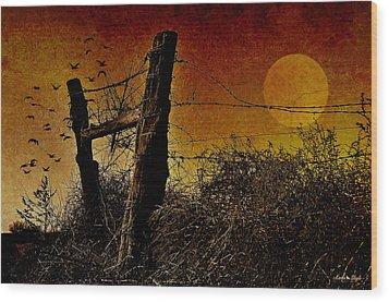 Luna De Sangre Wood Print by Karen Slagle
