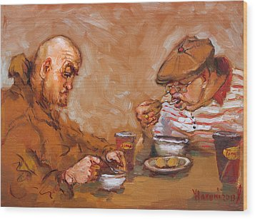 Lunchtime At Tim  Wood Print by Ylli Haruni
