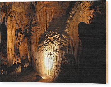 Luray Caverns - 121280 Wood Print by DC Photographer