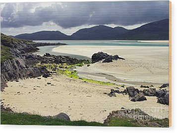 Wood Print featuring the photograph Luskentyre Bay by Jacqi Elmslie