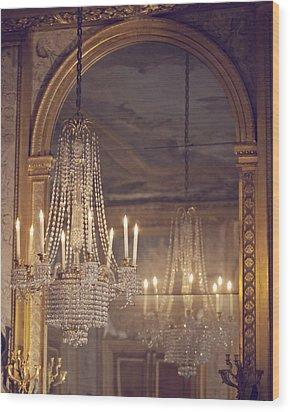 Lustre De Fontainebleau - Paris Chandelier Wood Print