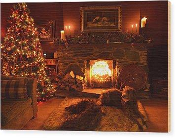 Ma Wee Room At Christmas Wood Print by Joak Kerr