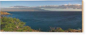 Maalea Bay Overlook   Wood Print