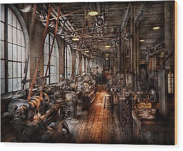 Machinist - A Fully Functioning Machine Shop  Wood Print by Mike Savad