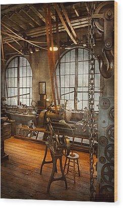 Machinist - The Crowded Workshop Wood Print by Mike Savad