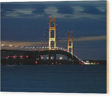 Mackinac Bridge At Dusk Wood Print