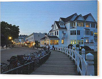Mackinac Island At Dusk Wood Print