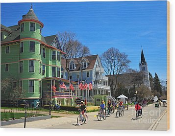 Mackinac Island Waterfront Street Wood Print by Terri Gostola