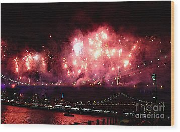 Macy's Spectactual 2014 Fireworks Wood Print