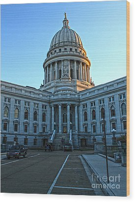 Madison Wisconsin Capitol Building - 01 Wood Print by Gregory Dyer