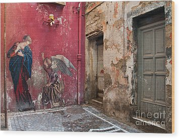 Madonna Of The Alley Wood Print by Marion Galt