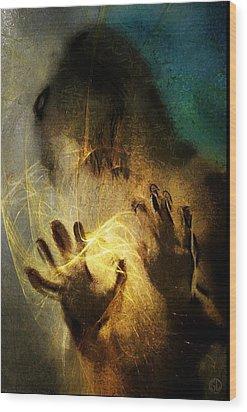 Magic Hands Wood Print by Gun Legler