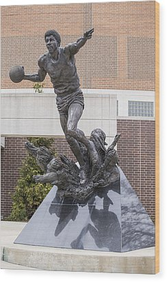 Magic Johnson Statue At Breslin  Wood Print by John McGraw