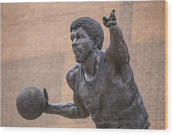 Magic Johnson Statue  Wood Print by John McGraw