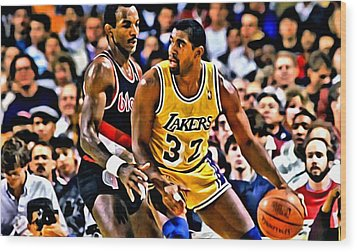 Magic Johnson Vs Clyde Drexler Wood Print by Florian Rodarte