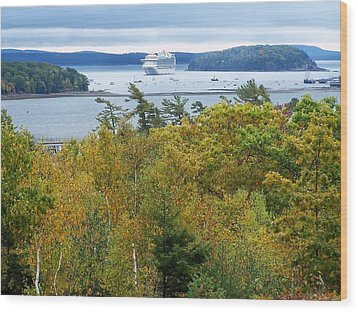 Wood Print featuring the photograph Maine Harbor by Gene Cyr