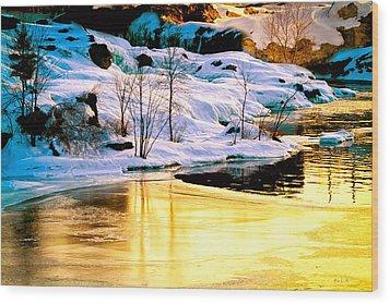 Maine Winter Along The Androscoggin River Wood Print by Bob Orsillo
