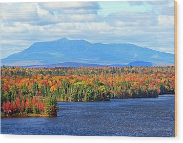 Maine's Mt. Katahdin In Autumn Wood Print by Barbara West