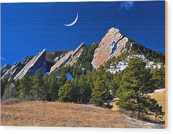 Majestic Flatirons Of Boulder Colorado Wood Print by John Hoffman