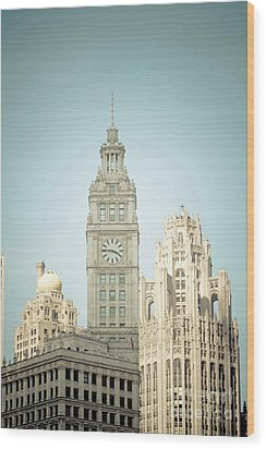 Majestic Vintage Buildings Chicago Wood Print
