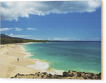 Makena Beach Lookout Wood Print by Kicka Witte
