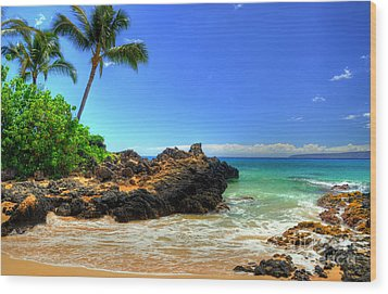 Makena Secret Cove Wood Print by Kelly Wade