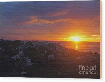 Malaga Sunrise Wood Print by Rod Jones