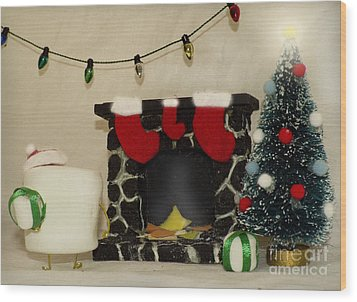 Mallow Christmas Wood Print by Heather Applegate