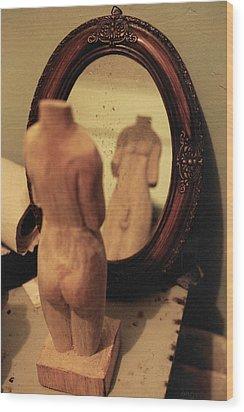 Man In The Mirror Wood Print by David  Cardona