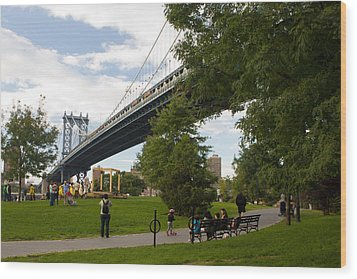 Manhattan Bridge And Park Wood Print