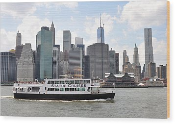 Manhattan Skyline With Boat Wood Print by Diane Lent