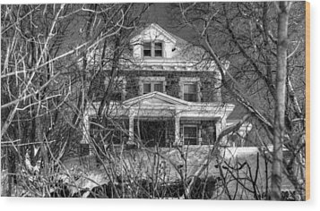 Mansion On The Hill Wood Print by Ric Potvin